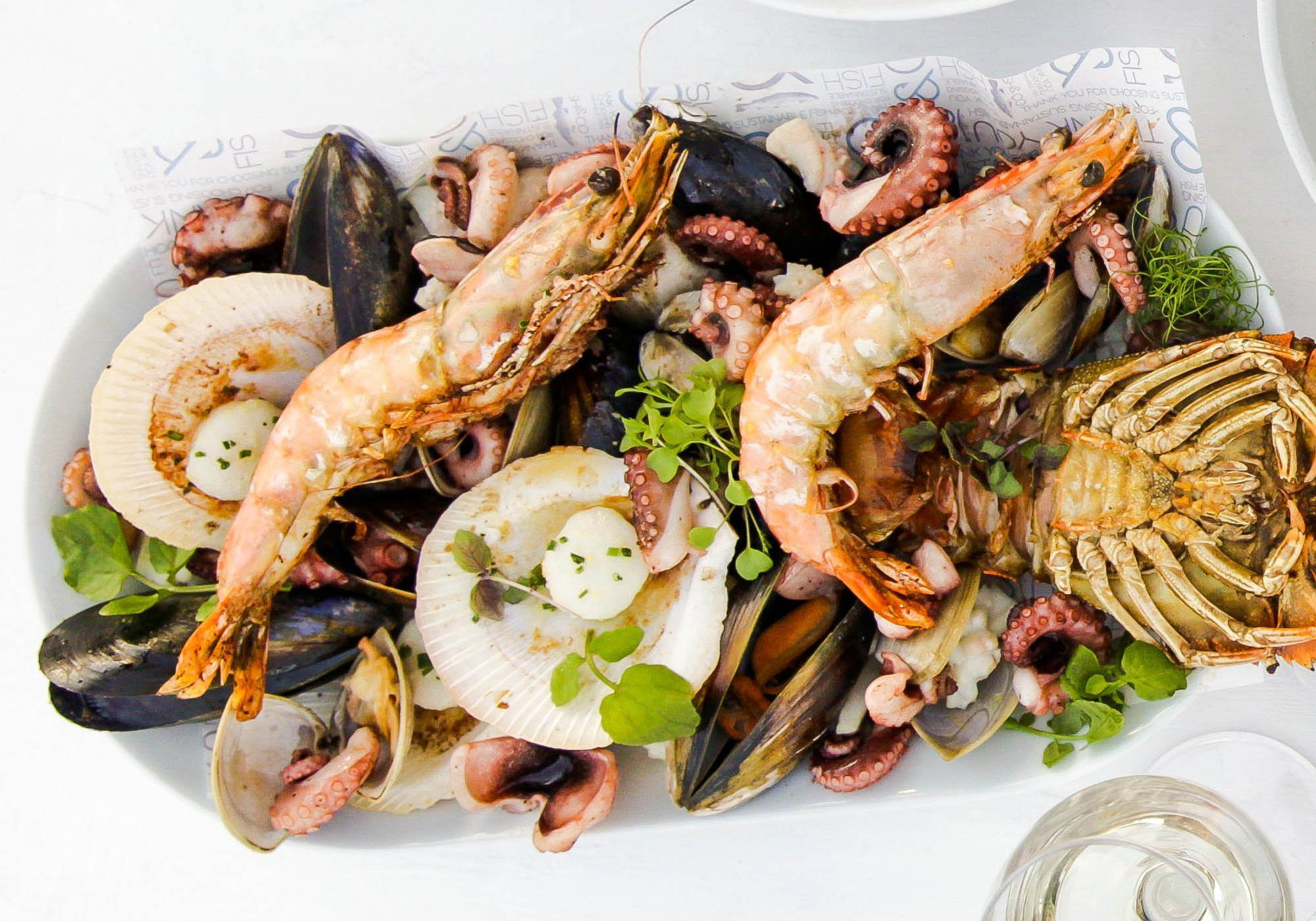 fish & co - seafood platter